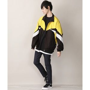 PACSUN Yellow & Black Windbreaker Size Large
